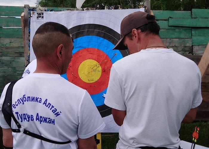 Открытый чемпионат по стрельбе из лука прошел в Республике Алтай