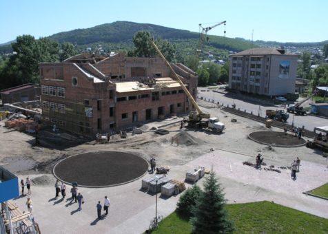 15 лет назад в Горно-Алтайске началось строительство бассейна