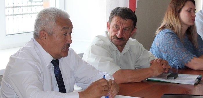 Родион Букачаков провел в Турочаке совещание по развитию сельских территорий
