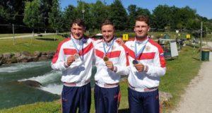Кирилл Сеткин завоевал бронзовую медаль чемпионата Европы по гребному слалому