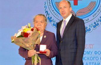 Роза Пустогачева награждена орденом «Тан Чолмон»