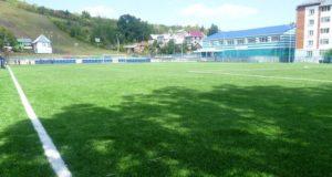 Горно-алтайские футболисты обыграли спортсменов из Алтайского края