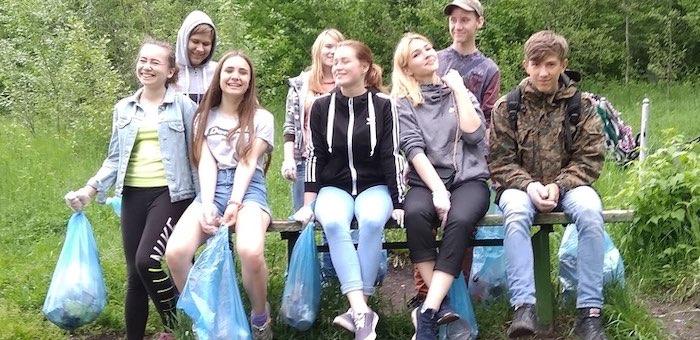Молодежный трудовой отряд продолжает работу в Горно-Алтайске