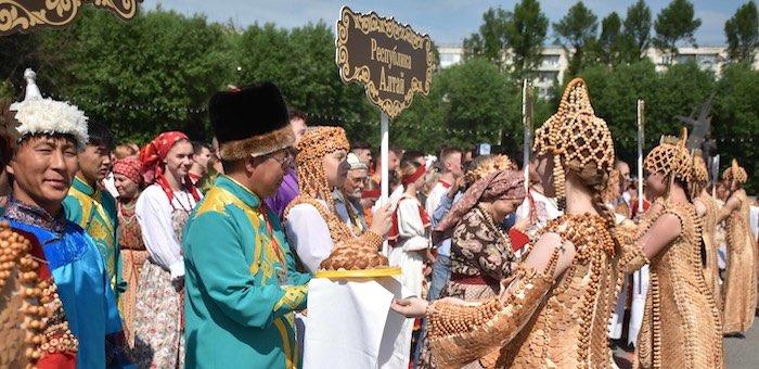 Коллективы из Республики Алтай успешно выступили на фестивале в Томске
