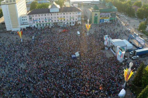 На концерт Олега Газманова в Горно-Алтайске пришли свыше 10 тысяч человек