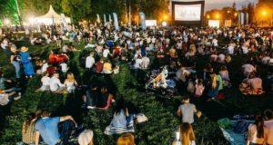 На Фестивале уличного кино в Горно-Алтайске покажут фильмы Михаила Кулунакова