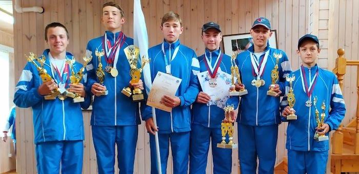 Команда Республики Алтай приняла участие в соревнованиях по гребному слалому в Окуловке