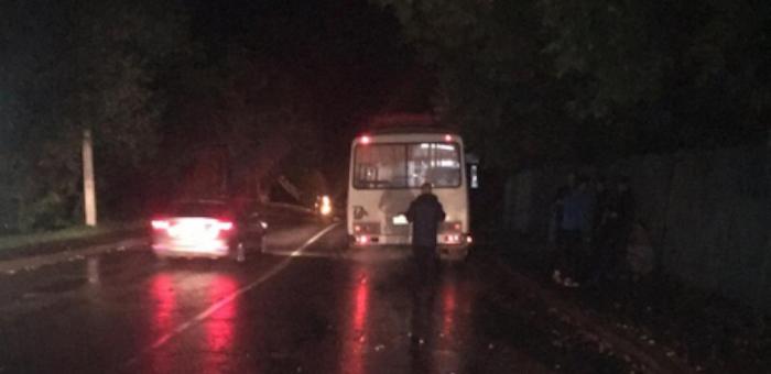 Пешеход погиб под колесами автобуса в Горно-Алтайске