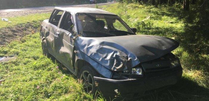 Водитель пошел на обгон в неположенном месте, в итоге 17-летняя девушка попала в больницу
