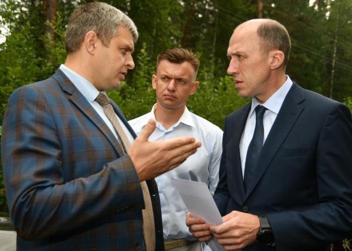 Олег Хорохордин потребовал от подрядчика ускорить ремонт дороги от Вер-Бийска до Турочака