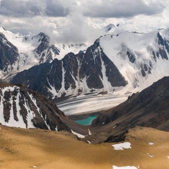Актру, Телецкое озеро и Чулышман с высоты птичьего полета