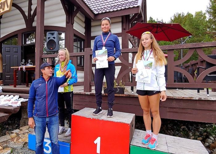 Успехи молодых лыжниц Горного Алтая