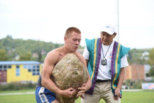 Ожившие легенды. Фестиваль национальных игр прошел в Горно-Алтайске