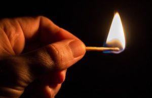 Житель Горно-Алтайска сжег гражданскую жену, облив ее бензином