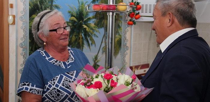 Владимир Тюлентин поздравил Марию Гайдабрус с 75-летием