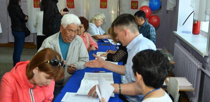К полудню в Республике Алтай проголосовали почти 26% избирателей