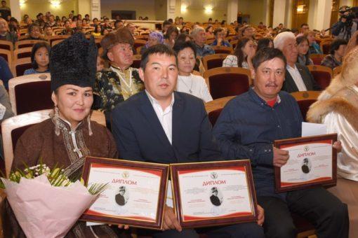 Определены лауреаты Международного курултая сказителей