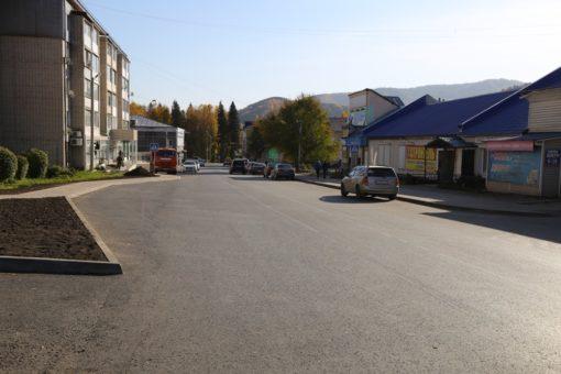 В Горно-Алтайске завершен ремонт девяти участков дорог по нацпроекту БКАД