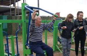 Пенсионеры Горно-Алтайска соревновались на спортивных тренажерах