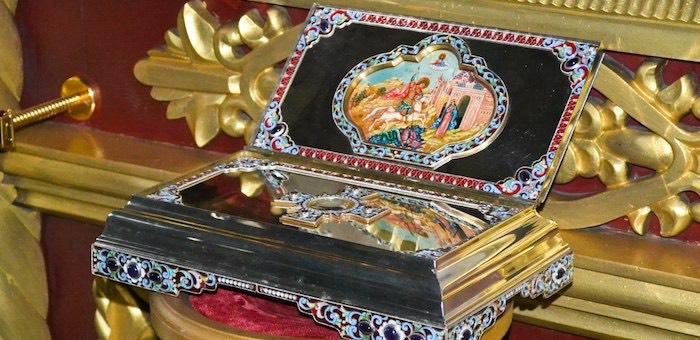 На Алтай привезут мощи Георгия Победоносца и Матроны Московской