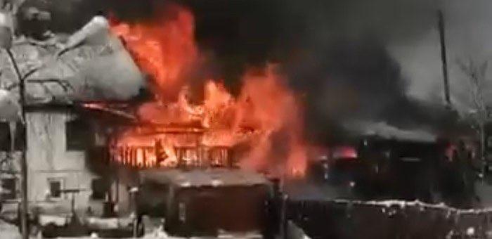 В Горно-Алтайске в пожаре погиб человек