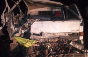 На Чуйском тракте столкнулись два грузовика