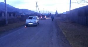 Пьяный водитель сбил ночью нетрезвого пешехода