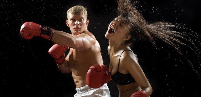 «Кухонные боксеры» продолжают избивать женщин