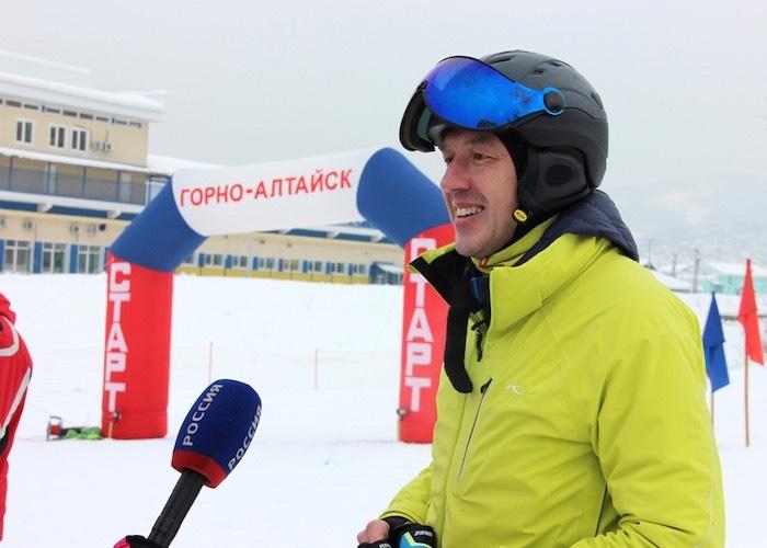 Олег Хорохордин оценил горнолыжную трассу на горе Комсомольской