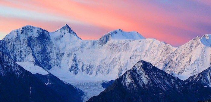 Фотовыставка, посвященная Дню гор, открывается в Горно-Алтайске