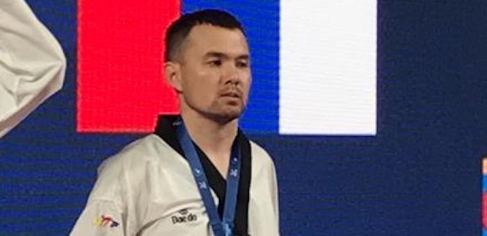 Аржан Арбаков стал чемпионом России по паратхэквондо