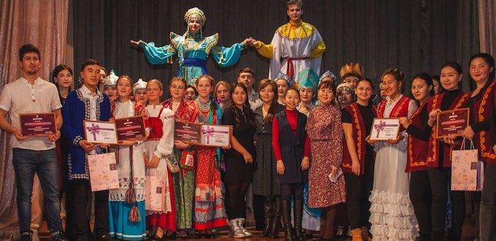 Фестиваль «В семье единой» прошел в Горно-Алтайске