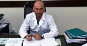Александр Холманский назначен главным врачом Республиканской больницы