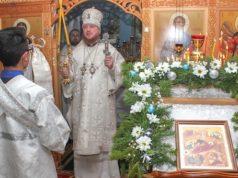 Православные христиане на Алтае отмечают Рождество Христово