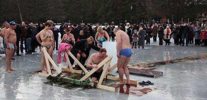 Готовимся к крещенским купаниям – список оборудованных мест и правила безопасности