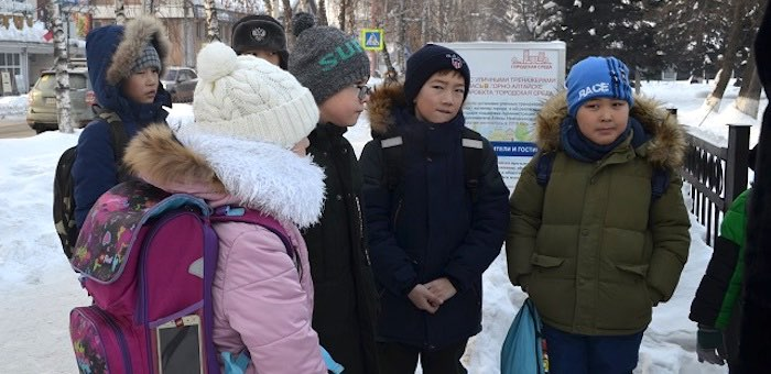Жителей улицы Чорос-Гуркина спросили, что они знают о художнике