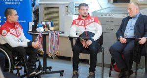 Упорные тренировки, режим и мотивация: паралимпийцы рассказали о своих трудностях и достижениях