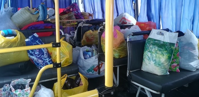 Волонтеры собрали вещи для малоимущих семей
