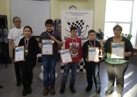 26 команд приняли участие в соревнованиях по шахматам «Белая ладья»