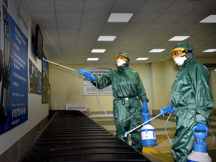 В горно-алтайском аэропорту прошли учения по борьбе с коронавирусом