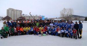 Сборная Усть-Канского района победила в турнире по хоккею с мячом памяти Евгения Корчагина