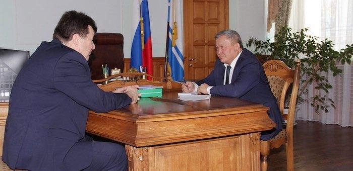 Владимир Тюлентин провел прием граждан по личным вопросам