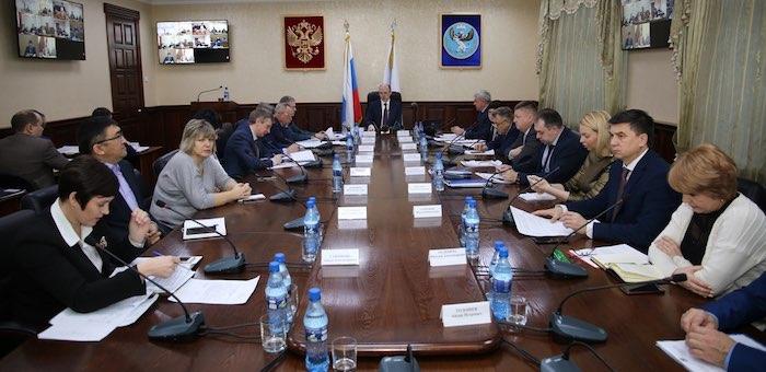 Олег Хорохордин провел совещание с руководителями местных органов власти