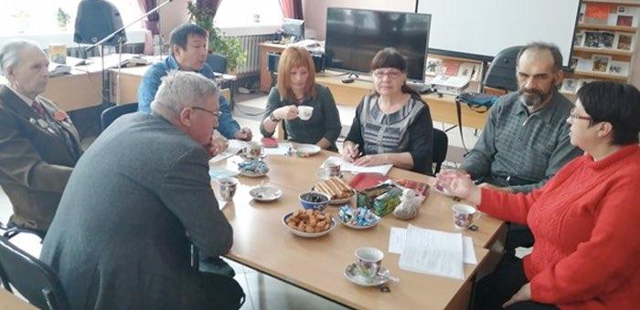 Встреча участников литературного клуба «Ару кей» прошла в Горно-Алтайске