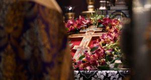 Патриарх призвал верующих воздержаться от посещения храмов