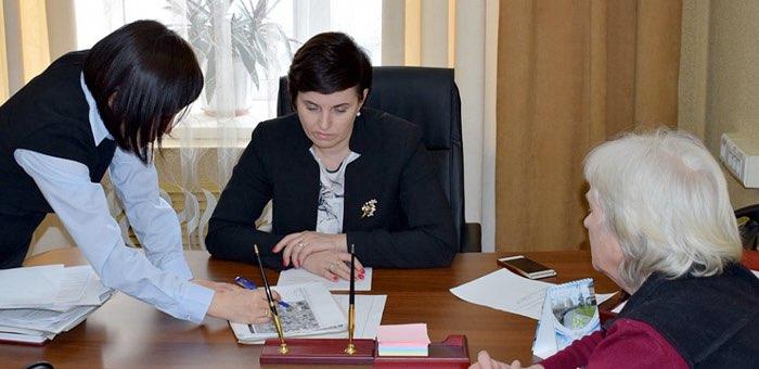С начала года на приеме по личным вопросам у главы городской администрации побывали 45 человек