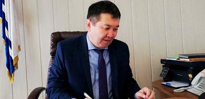 Лидируют Серикжан Кыдырбаев и Екатерина Поварова: обзор соцсетей алтайских чиновников