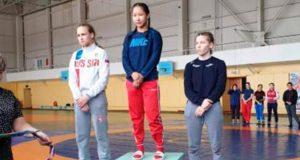 Спортсменка с Алтая завоевала золотую медаль на первенстве Сибири по вольной борьбе