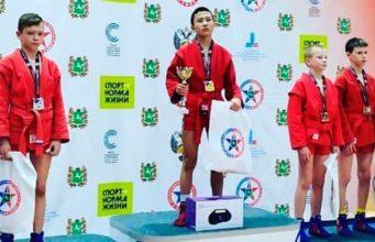 Самбисты из Республики Алтай стали призерами соревнований в Томске