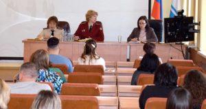 В мэрии прошло совещание с торговыми предприятиями по вопросам профилактики коронавируса